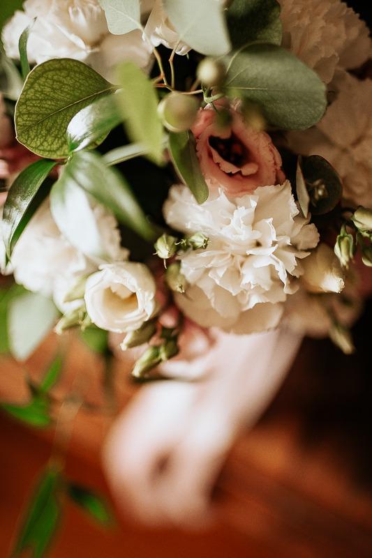 Ślubny bukiet kwiatów