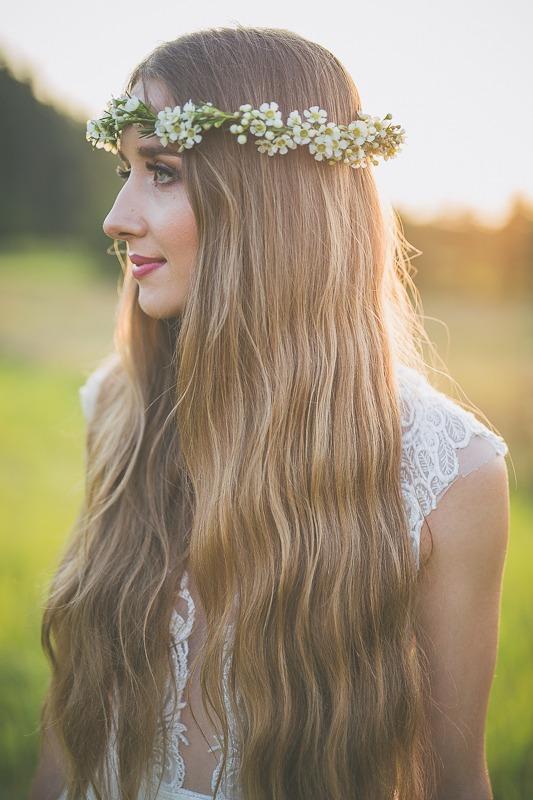 Panna młoda w sukni ślubnej z salonu Arianne